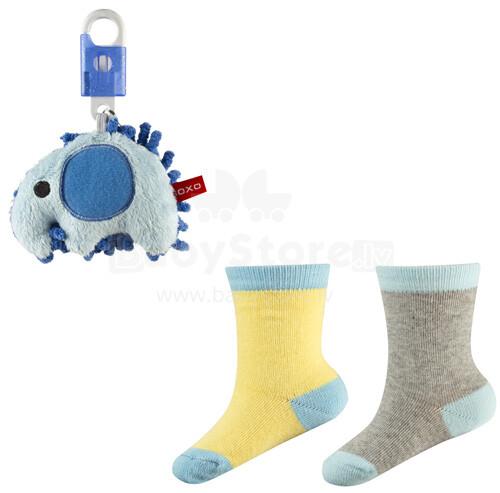 SOXO Baby Gift Set 0255 Dāvanu komplektiņš 0-12m. Bērnu kokvilnas stilīgas zeķītes 2gb+rotaļlieta piekariņš